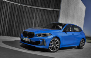P90349553_highRes_the-all-new-bmw-1-se